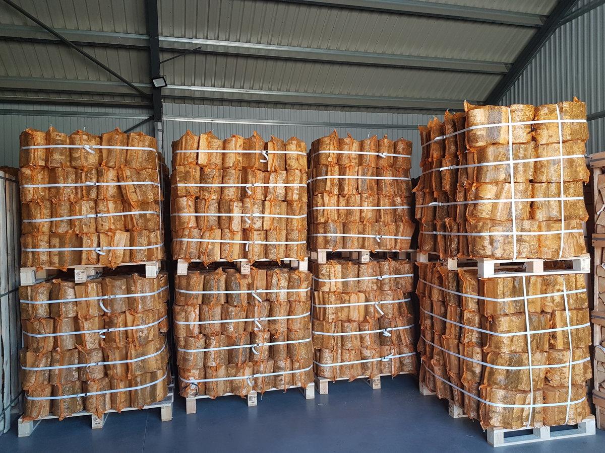 Birch firewood in 22 l bags
