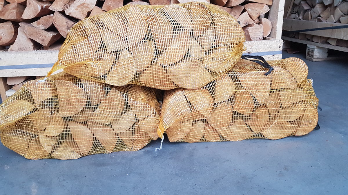 Birch without bark in 40 l bags